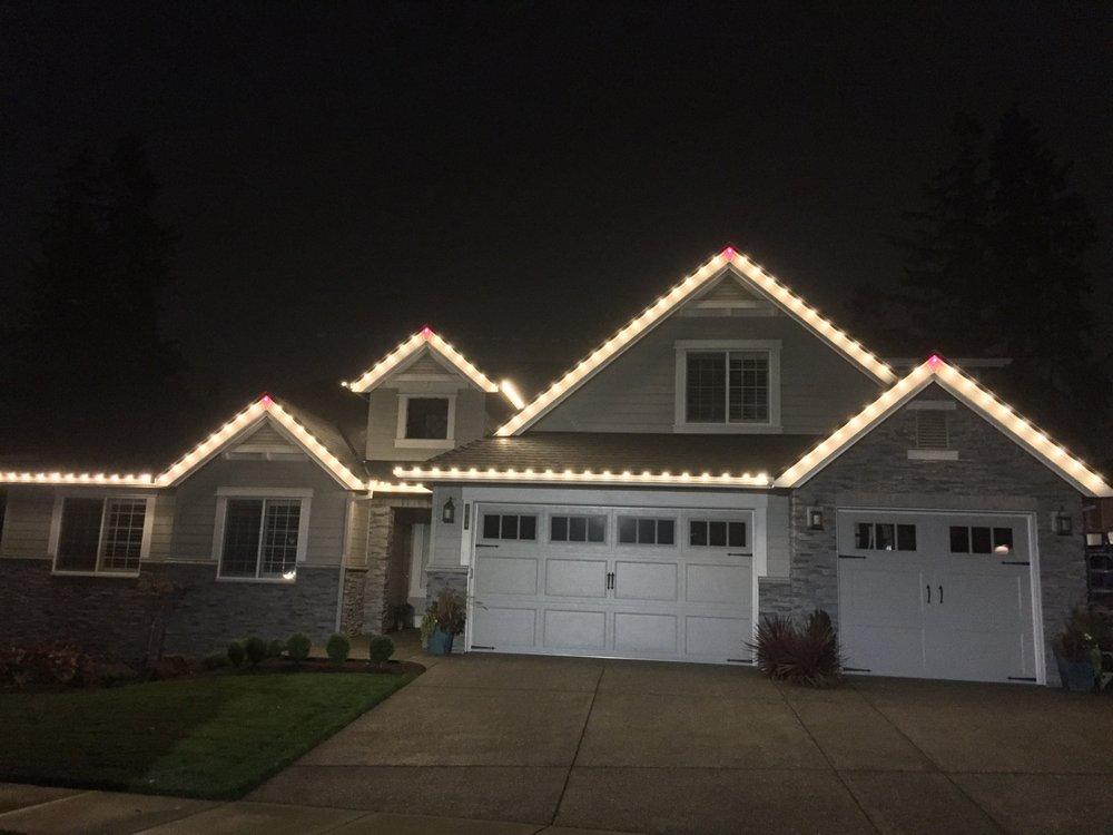 Troy, The Christmas Light Guy