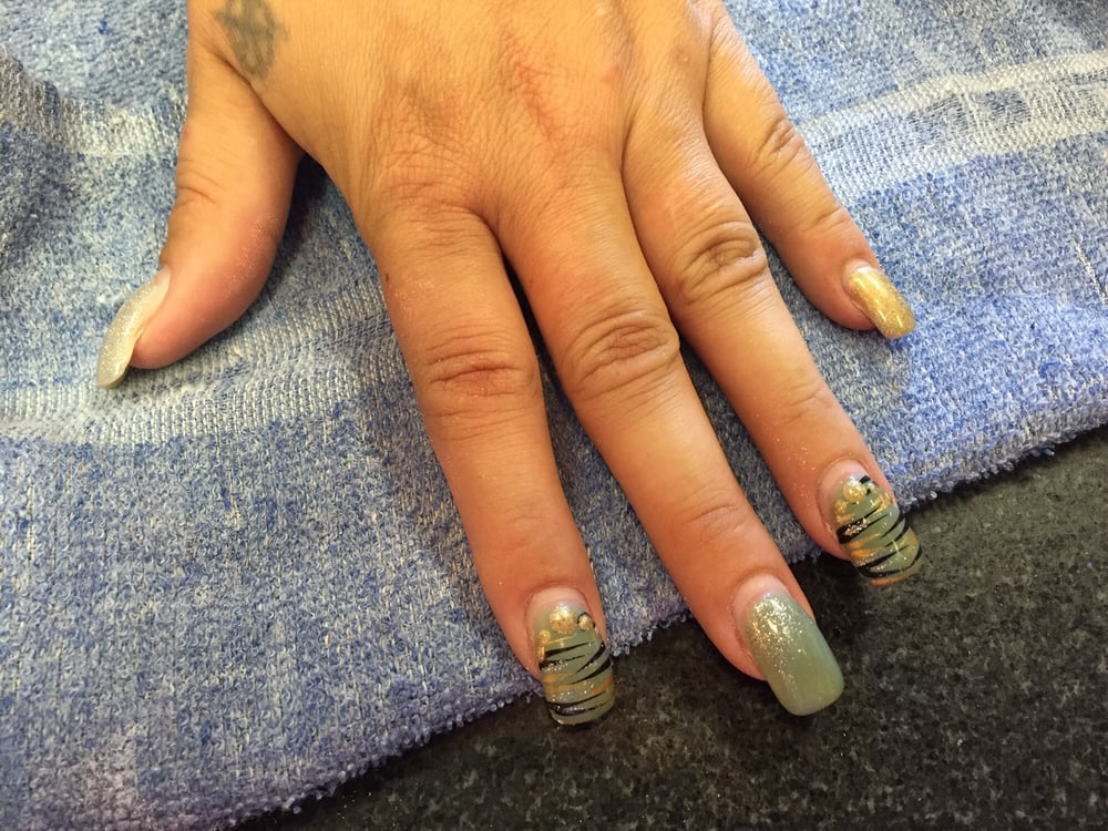 Gigi s nails spa 105 photos nail salons 8427 for Ab nail salon sarasota