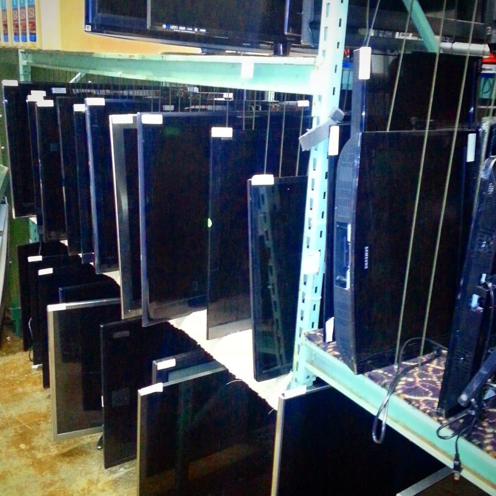 The TV Warehouse: 3170 Packard Rd, Ann Arbor, MI