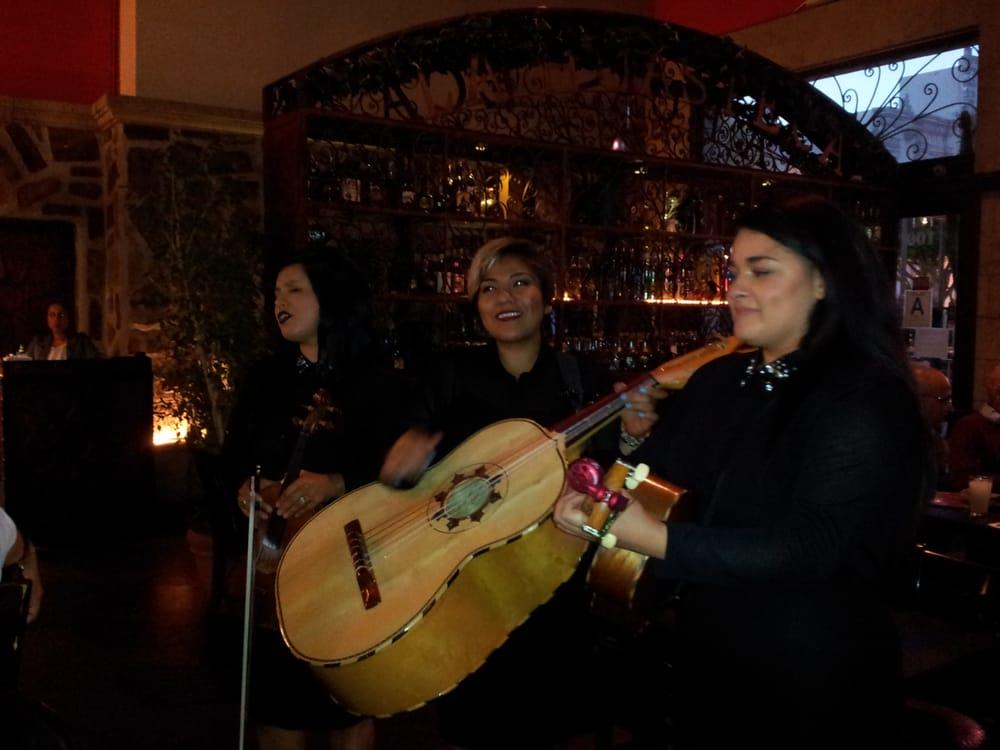 La Huasteca Restaurant Mariachi
