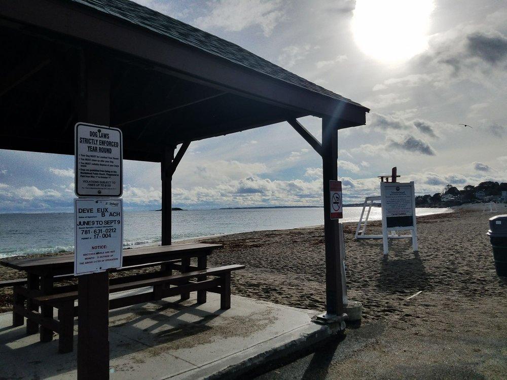 Devereaux Beach: 155 Ocean Ave, Marblehead, MA