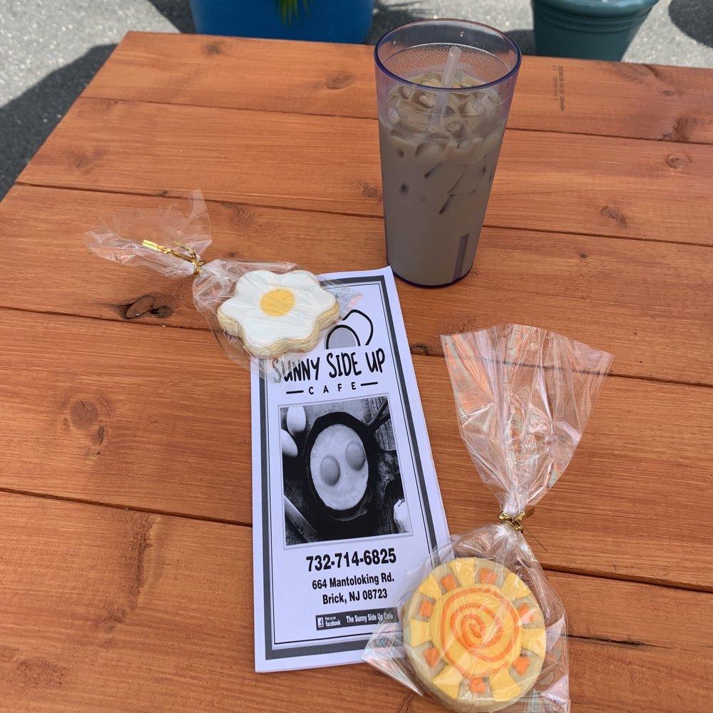 The Sunny Side Up Cafe: 664 Mantoloking Rd, Brick Township, NJ