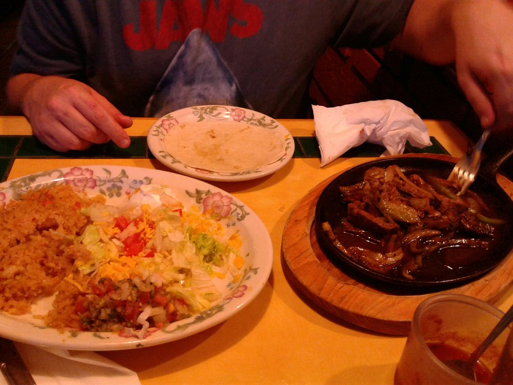 Reyna S Mexican Restaurant