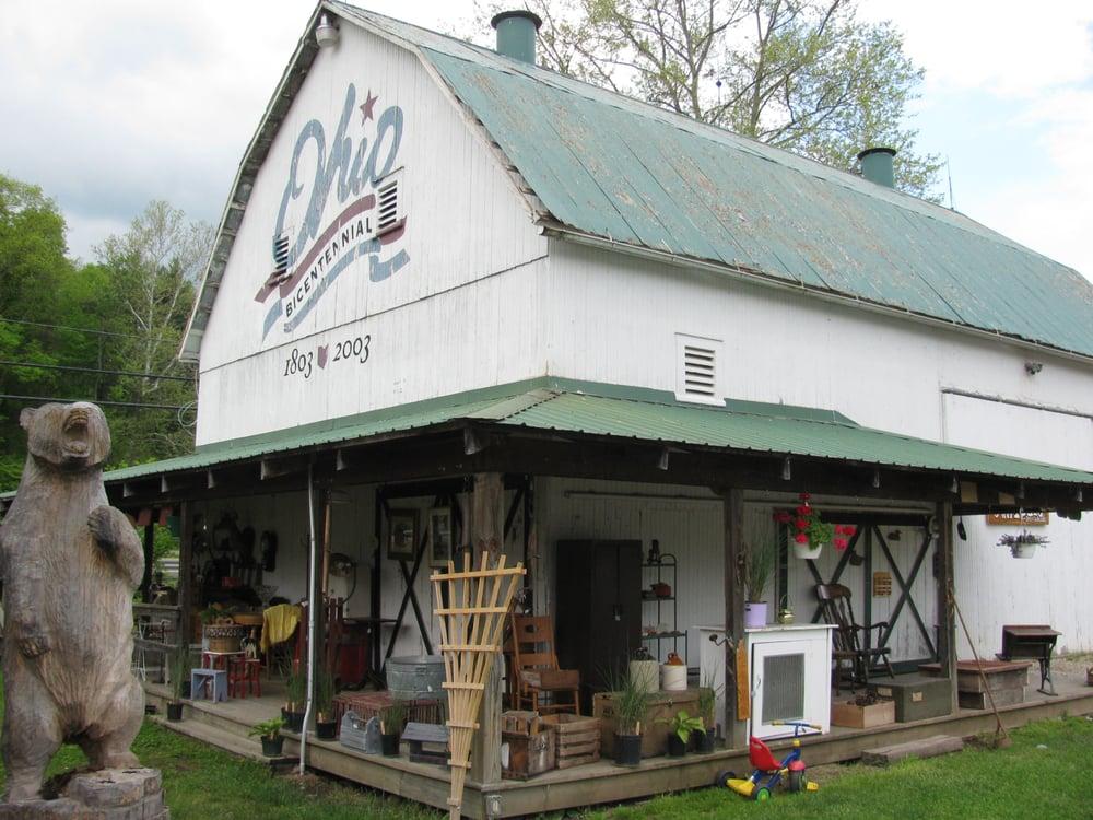 Rockbridge Antiques Arts & Collectibles: 26778 US Hwy 33, Rockbridge, OH
