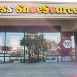 payless shoes vancouver