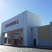 Goodwill Store Amp Donation Center Closed 47 Photos Amp 51
