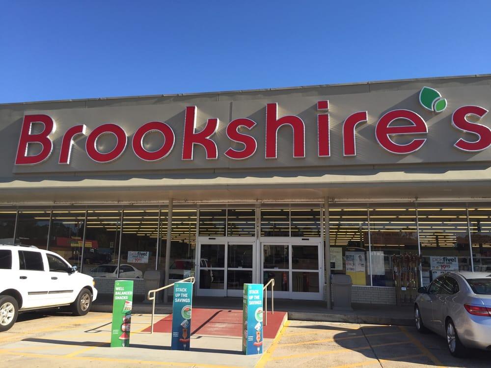 Brookshire's: 817 W Ct St, Winnfield, LA