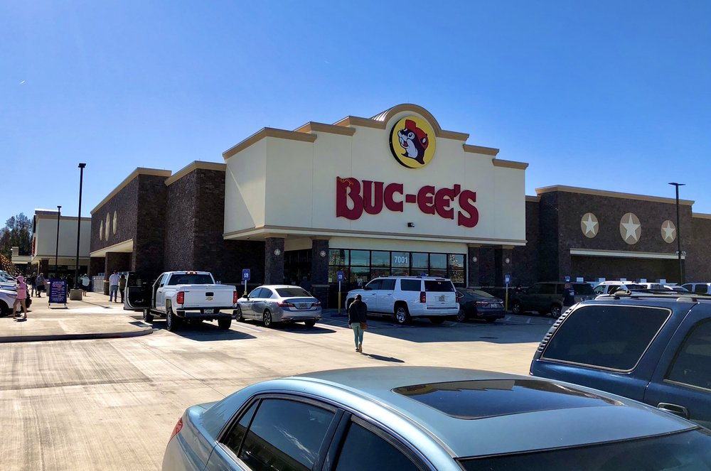 Buc-ee's: 7001 Russell Pkwy, Fort Valley, GA