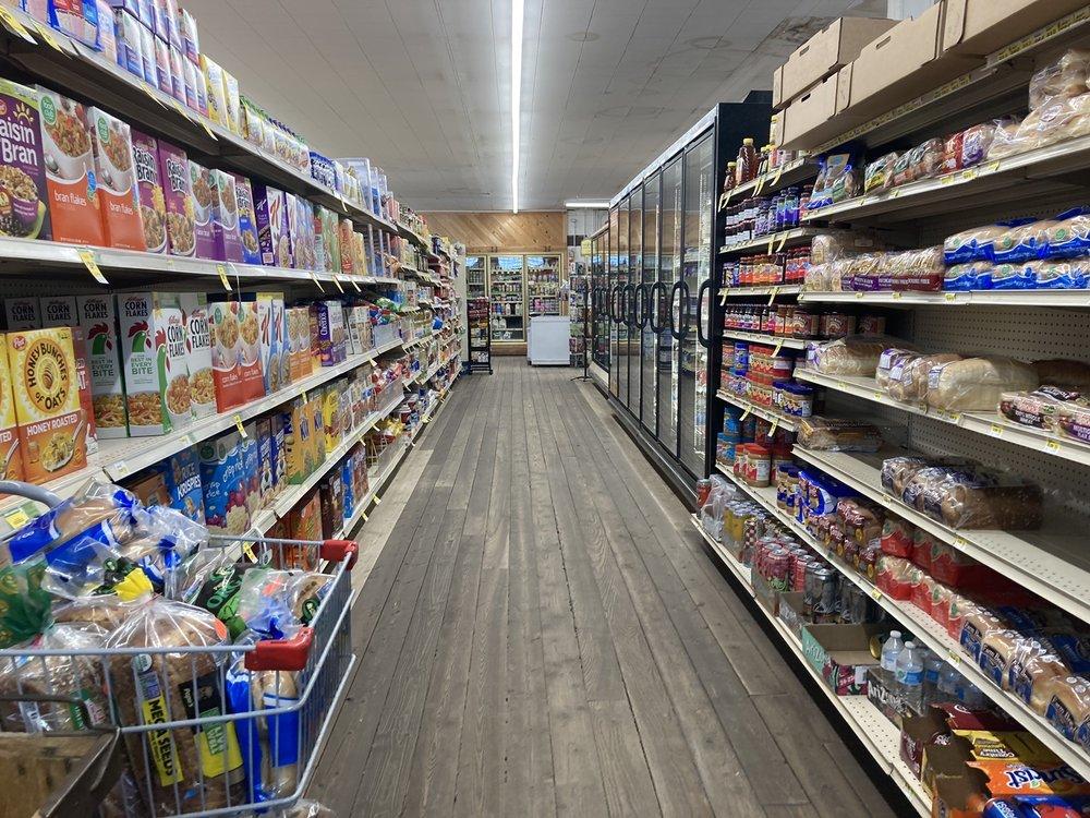 Glenn's Shopping Center: 504 Miles Ave, Clyde Park, MT