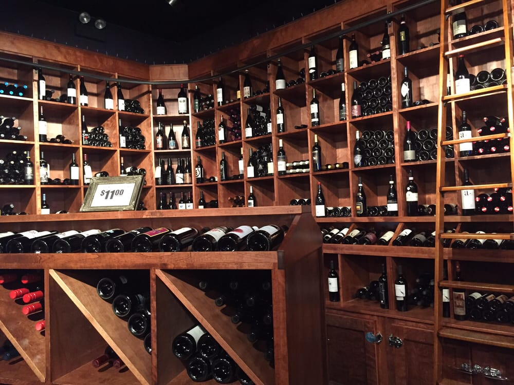 Lush Wine and Spirits: 2232 W Roscoe St, Chicago, IL