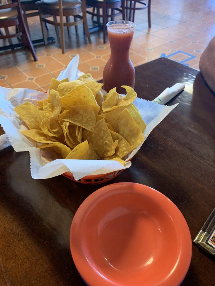 El Portal Mexican Restaurant: 506 S Fremont St, Shenandoah, IA