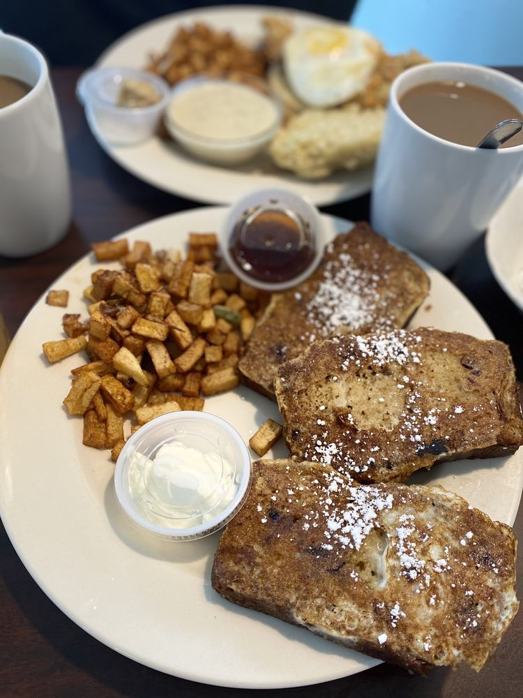 Happy Day Café: 8300 Pat Booker Rd, Live Oak, TX