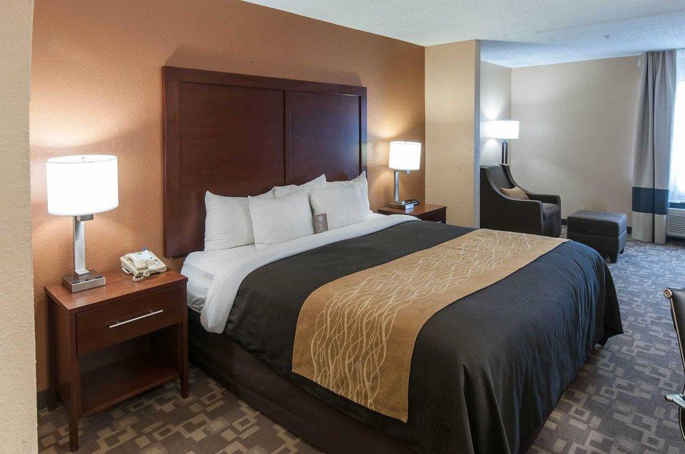 Comfort Inn: 1115 League Line Rd, Conroe, TX