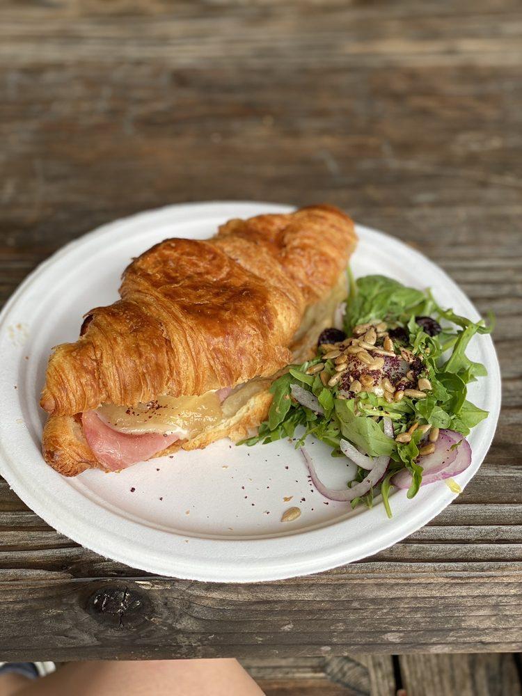 Lightwave Coffee and Kitchen: 9725 Main St, Monte Rio, CA
