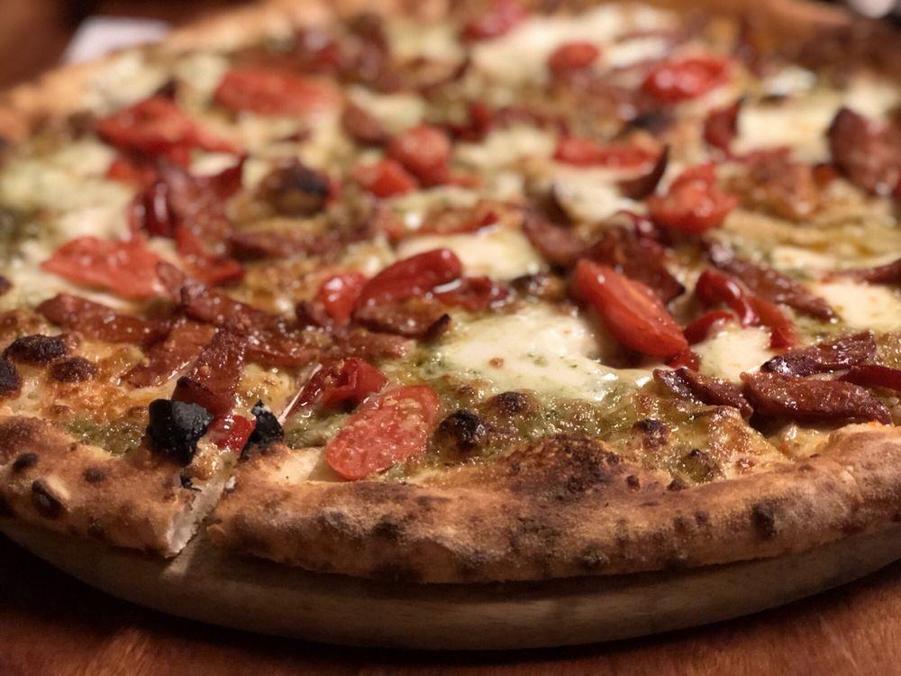 Evviva Woodfired Pizza