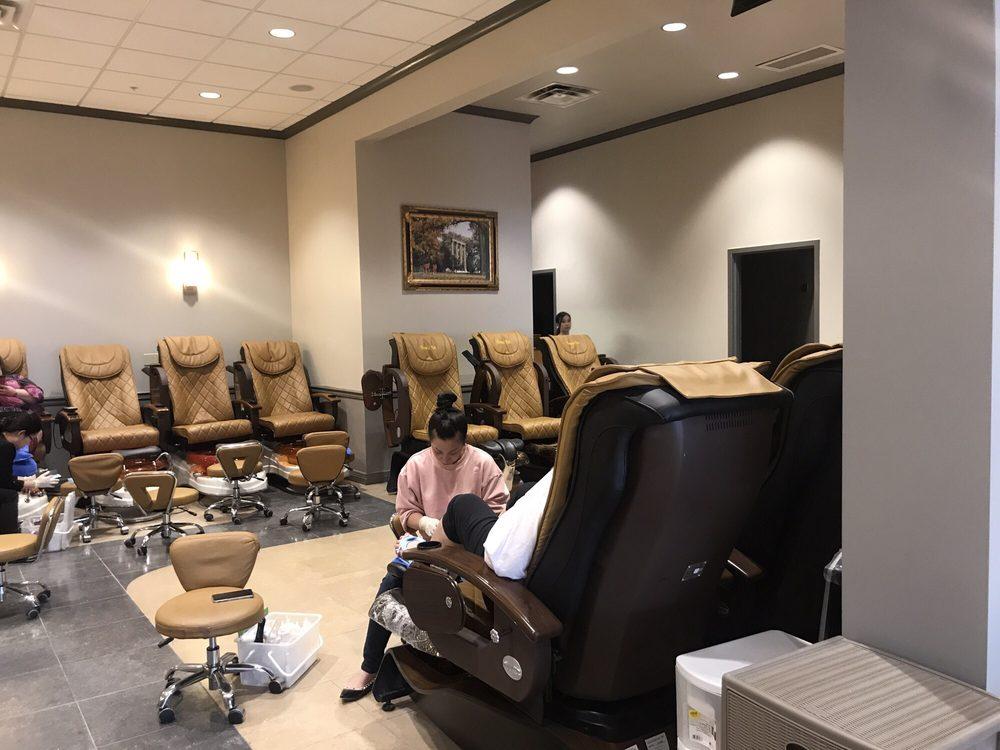 Glamour Nails: 2778 Town Center Blvd, Crestview Hills, KY