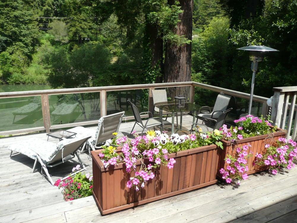 Grandmas Vacation Rental: 20280 River Blvd, Monte Rio, CA