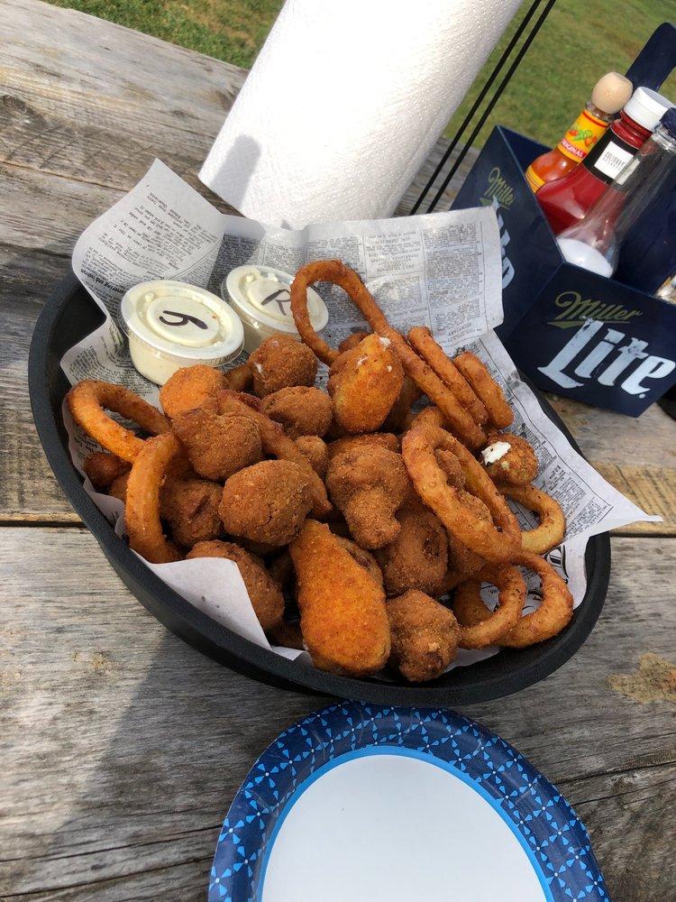 Bootleggers Bar & Grill: 25491 W Old Grass Lake Rd, Antioch, IL