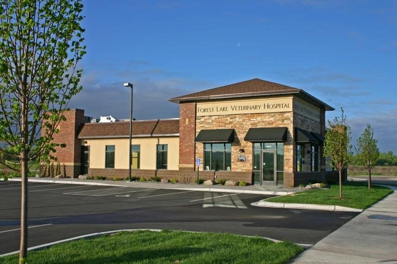 Forest Lake Veterinary Hospital: 19861 Fitzgerald Trl N, Forest Lake, MN