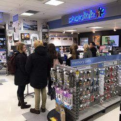 London drugs 25 photos 46 reviews drugstores 710 granville photo of london drugs vancouver bc canada line up there reheart Image collections