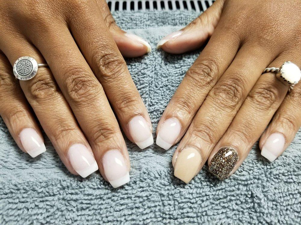 Nails by Rinda at Salon 400: 400 Randolph St, Thomasville, NC