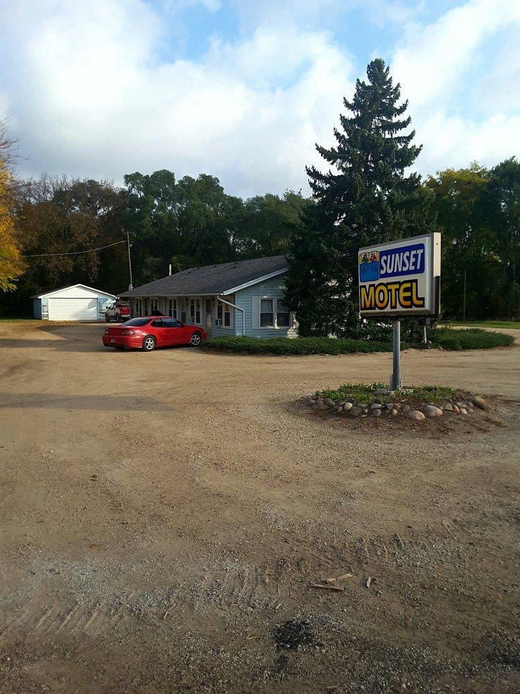 Nichols Farm & Orchard: 2602 Hawthorn Rd, Marengo, IL