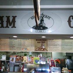 Lodi Station Outlet Food Court