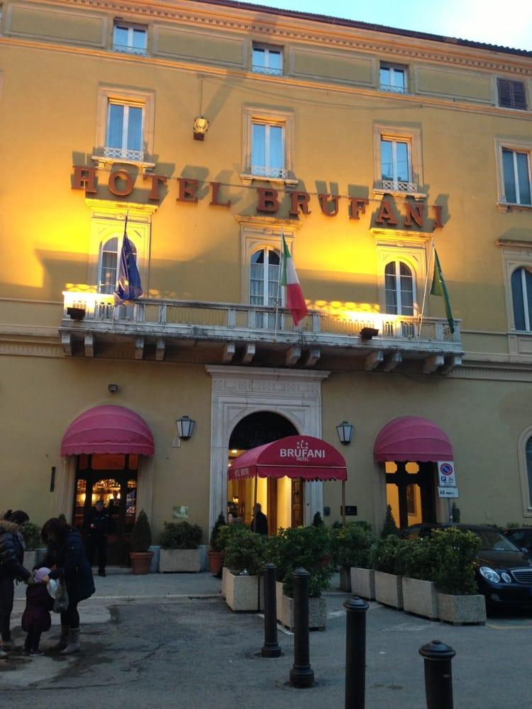 Hotel brufani palace hotel piazza italia 12 perugia for Hotel numero