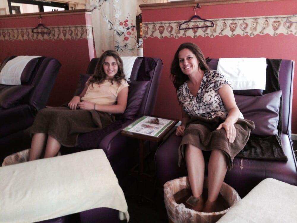 Peony foot spa 15 photos 75 reviews massage 505 grant ave chinatown san francisco ca - Salon massage happy end paris ...