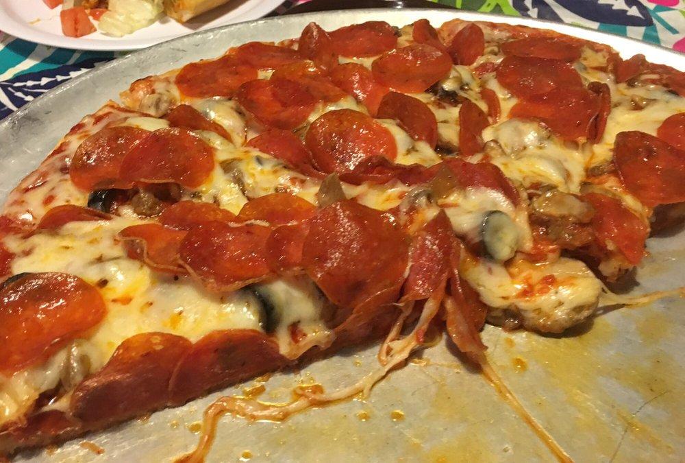 Food from El Fredo Pizza