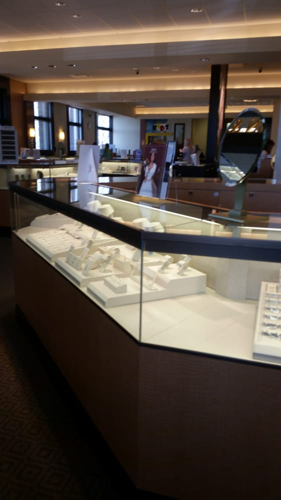 Jared s Galleria of Jewelry 12 Reviews Jewelry 300 Hylan Dr