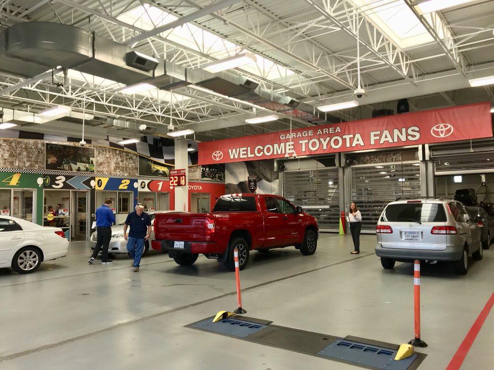 Checkered Flag Toyota - 106 Photos & 65 Reviews - Car Dealers - 5301 ...