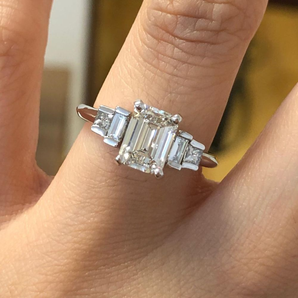 Portillo Jewelers: 2200 S 10th St, McAllen, TX