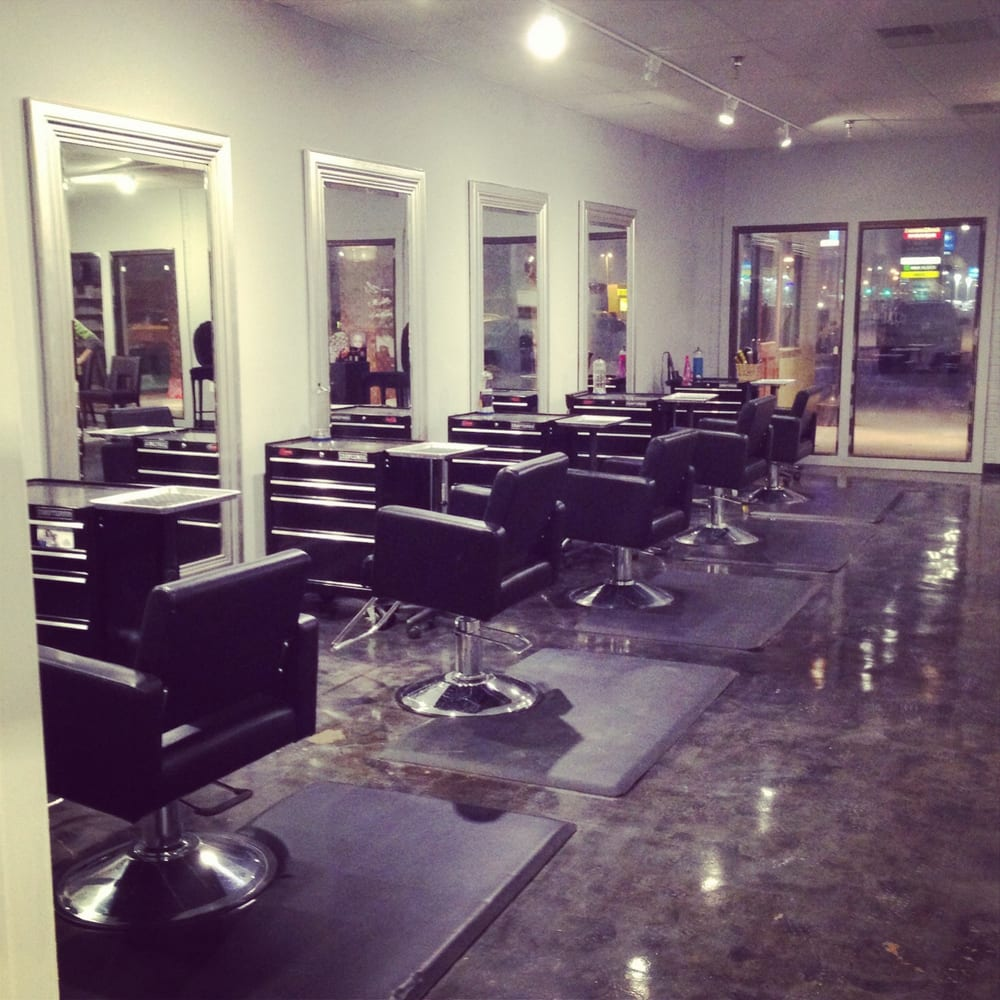 Oh baby hair day spa hairdressers 1605 morrissey dr - Bloomington hair salon ...