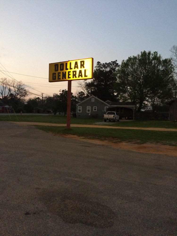 Dollar General: 625 Commerce Ave, Carrollton, AL