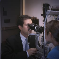 Rand Eye Institute - 10 Photos & 28 Reviews - Ophthalmologists - 5 ...