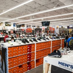 03a7a8291 WSS - 15 Reviews - Shoe Stores - 15152 Bear Valley Rd