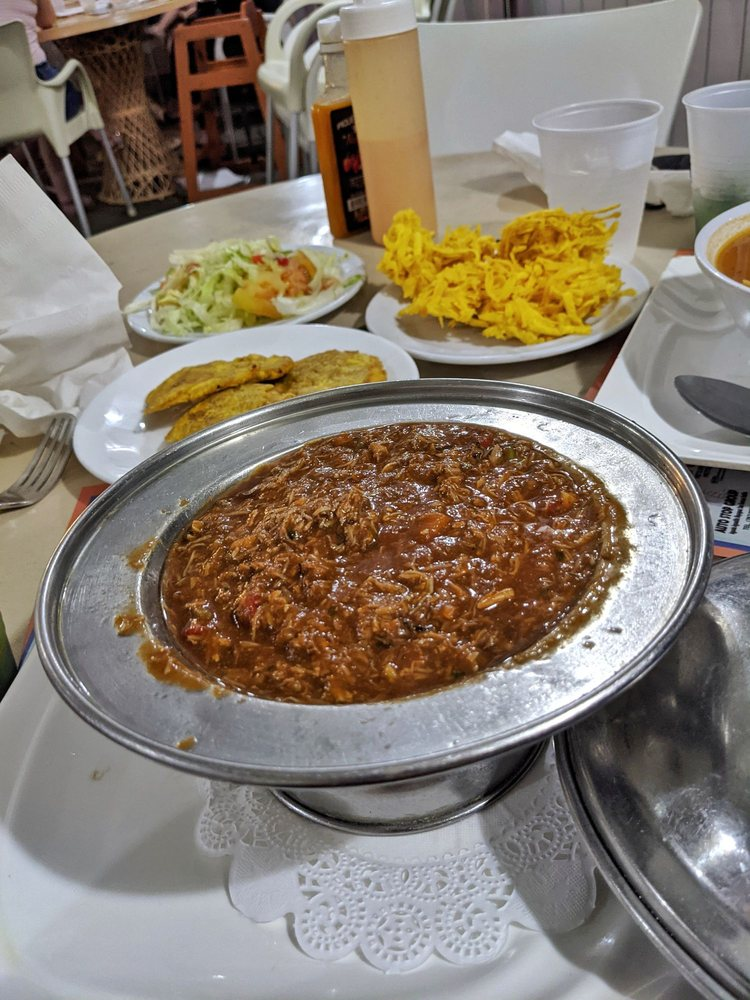 Gonzalez Sea Food Restaurant: Carr 102 Km 6.6, Mayagüez, PR