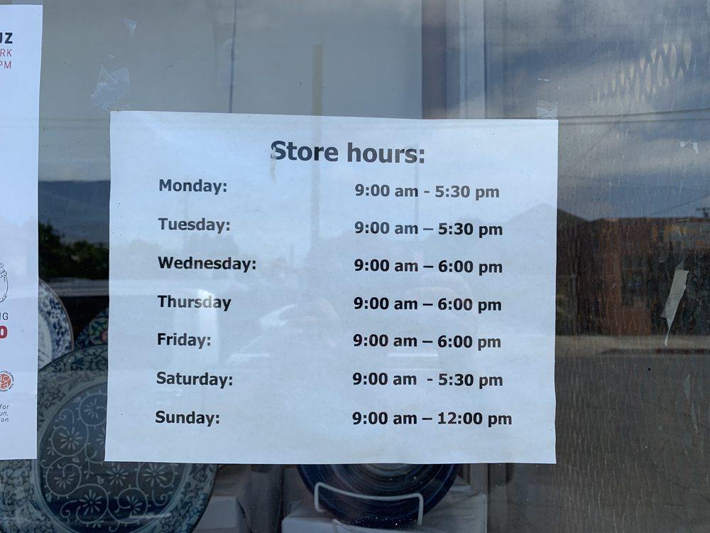 Yamashita Grocery: 114 Union St, Watsonville, CA
