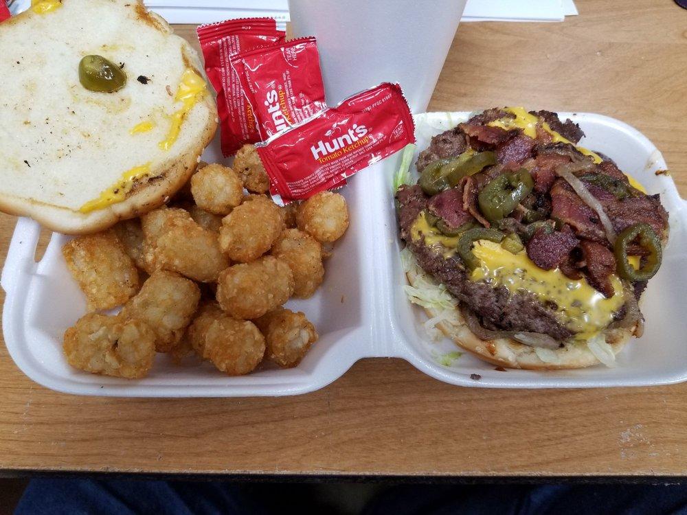 LC's Hamburgers: 2424 NW Vivion Rd, Northmoor, MO