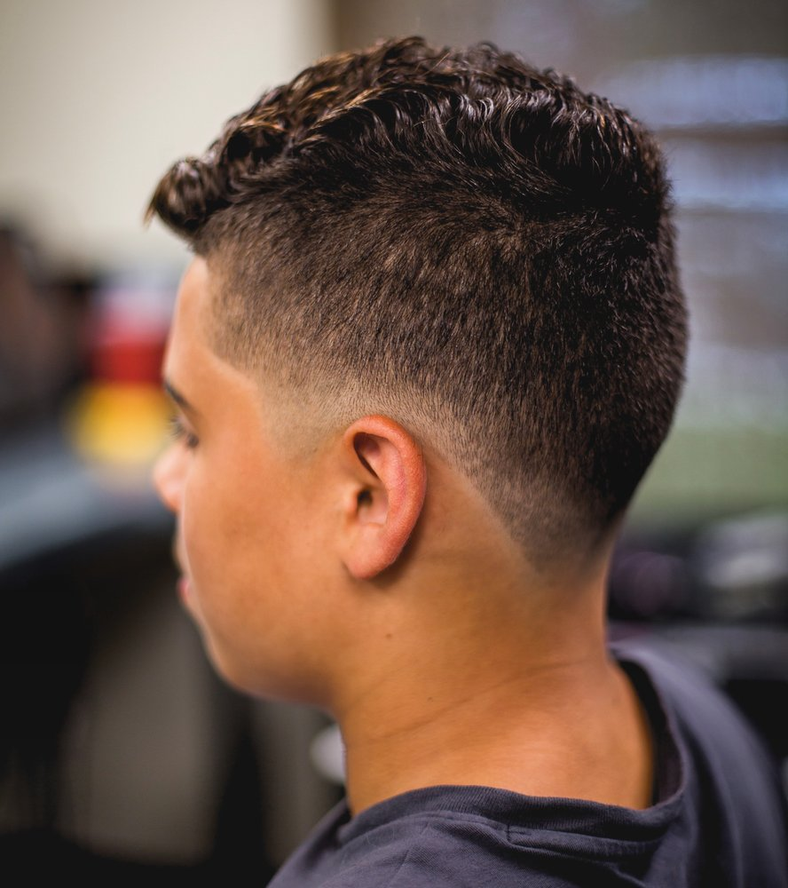 Spruce Barbershop: 2141 11th St, Port Neches, TX