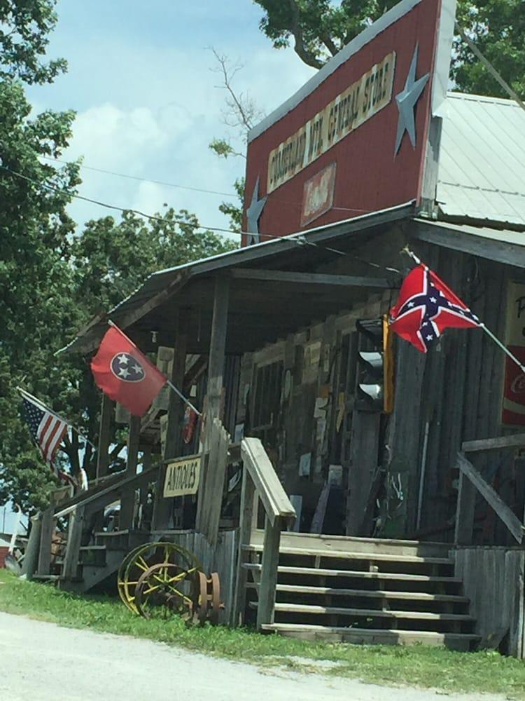 Cumberland Mountain General Store: 6807 S York Hwy, Clarkrange, TN