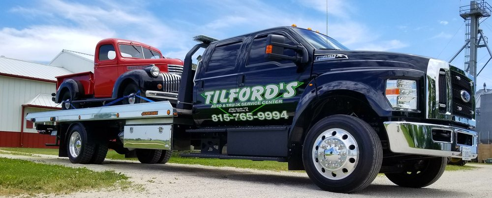 Towing business in Poplar Grove, IL