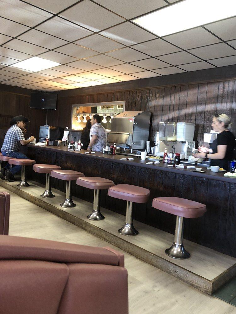 Miss Kittys Cafe | 2110 E Wyatt Earp Blvd, Dodge City, KS, 67801 | +1 (620) 801-4003