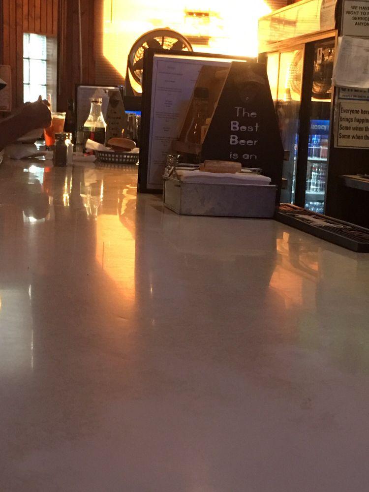 The Bender Pub & Grill: 506 Market St, Danville, OH