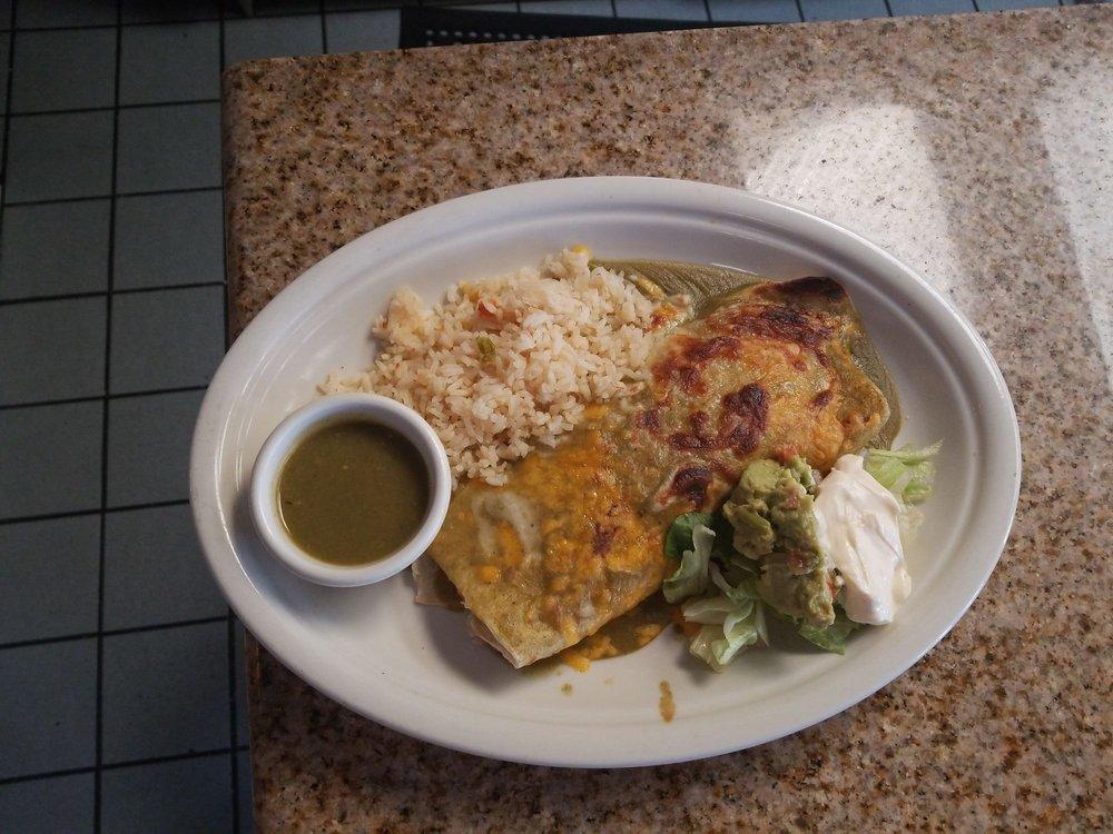 El Migueleno Restaurant: 1066 Broadway Ave, Seaside, CA
