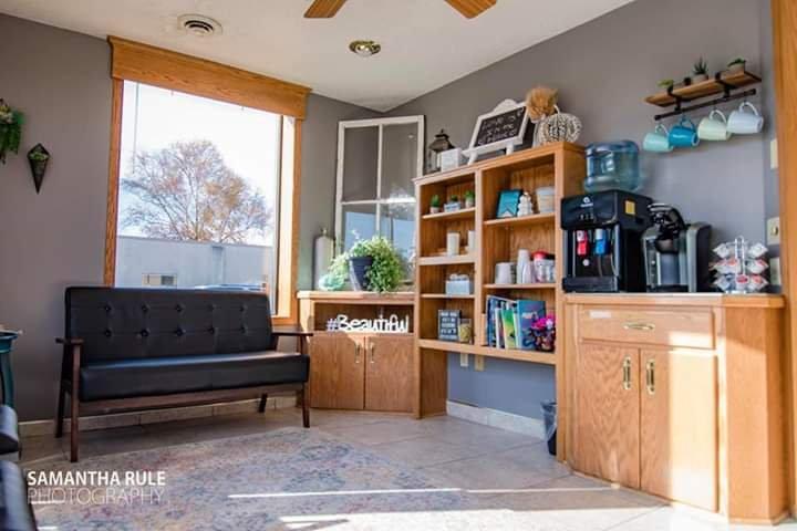 Pure Bliss Salon & spa: 103 Avon Ave N, Avon, MN