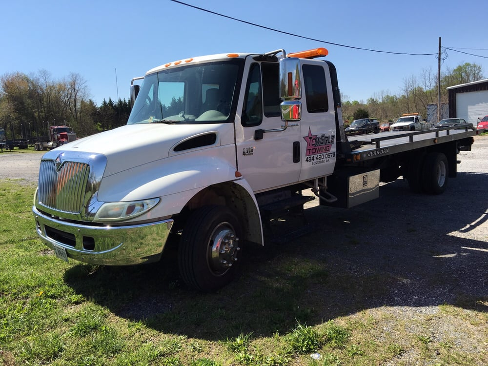 Towgirlz Towing: Lynchburg, VA