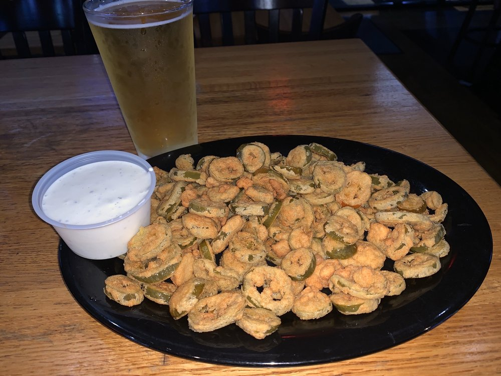 Half Time Pub & Grub: 3325 Dr M L King Jr Blvd, New Bern, NC