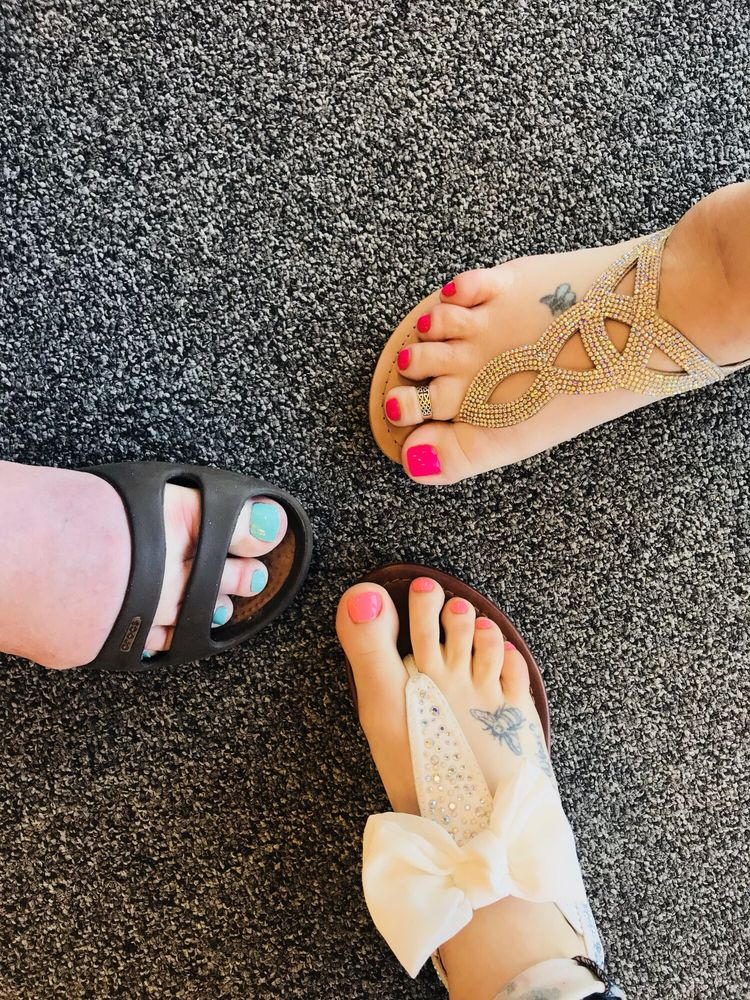 Diva Nails Spa: 4311 W Clearwater Ave, Kennewick, WA